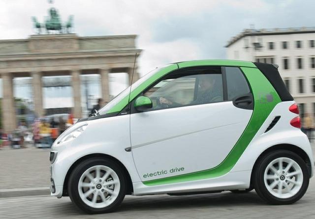 Electric car Berlin.jpg