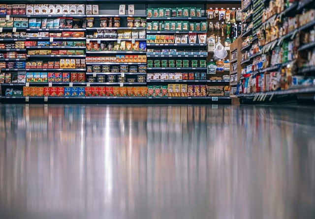 Typical-supermarket-aisle.jpg