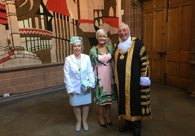 2-Fiona-MacDougall-with-Janet,-the-Lady-Mayoress-and-The-Lord-Mayor-of-Chester,-Councillor-Alex-Black.jpg
