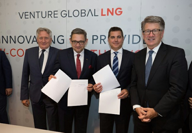 foto_Venture_GLobal_LNG_PGNiGsmall.jpg