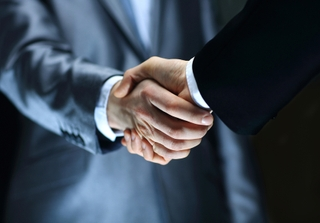 Business-handshake-contract.jpg