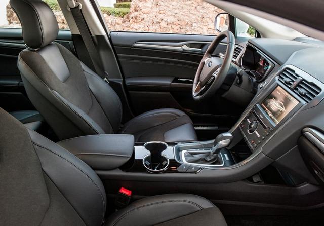 FordMondeo-Hybrid_12.jpg