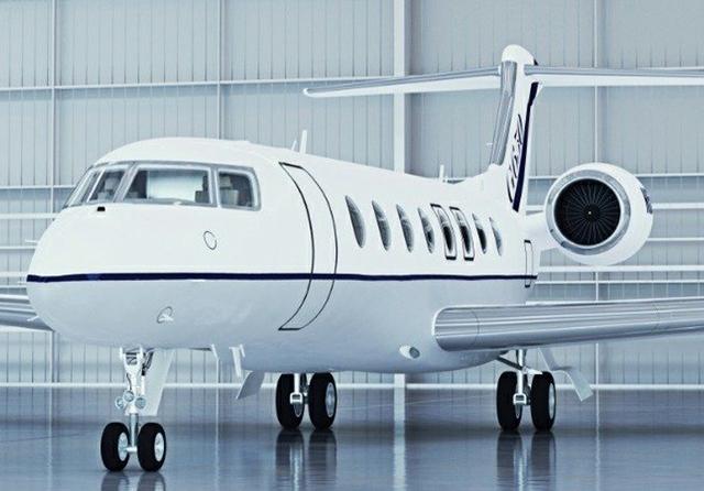 Jet_in_Hangar_02-b1654d.jpg