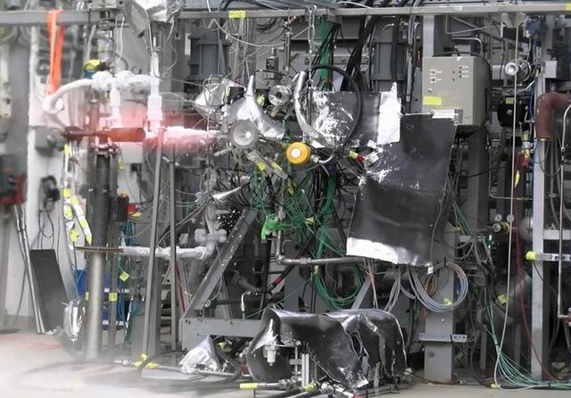 ESA 3D thruster