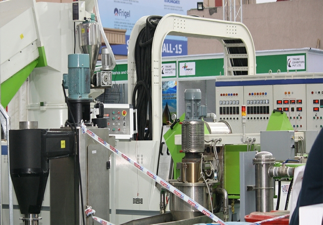 Uflex recycling machine
