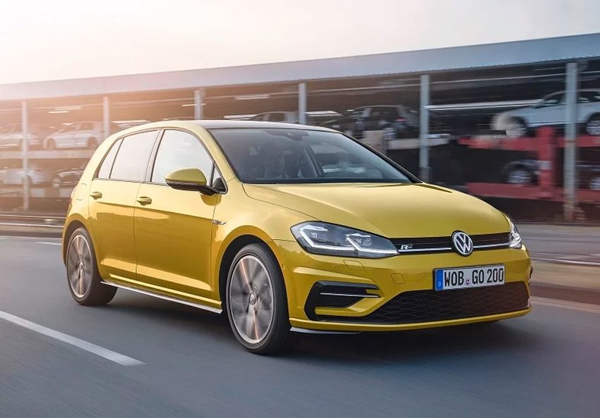 Volkswagen Golf Mk8 launch pushed back to 2020 say German press