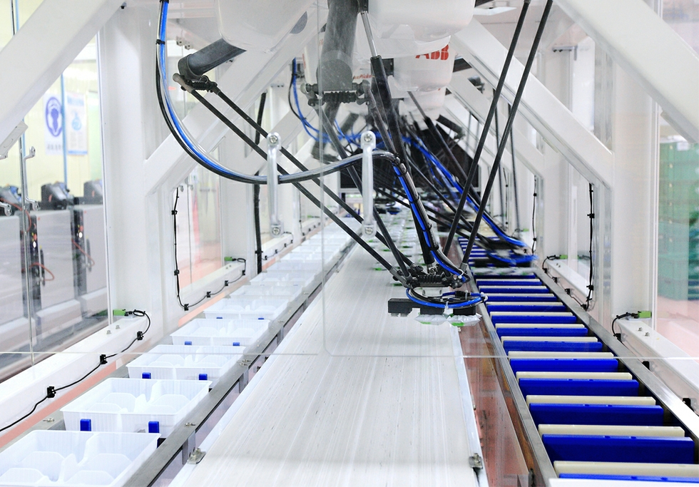 ABB FlexPicker robot