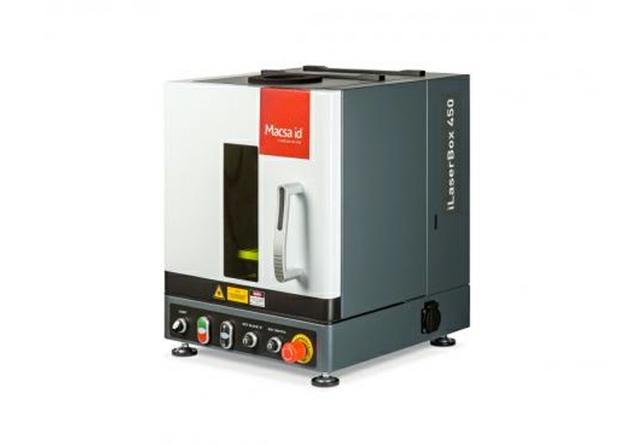 450 iLaserBox workstation
