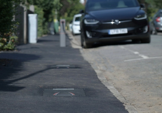 Urban Electric pop up EV charger