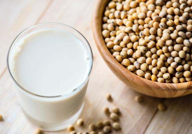 Soy milk & beans