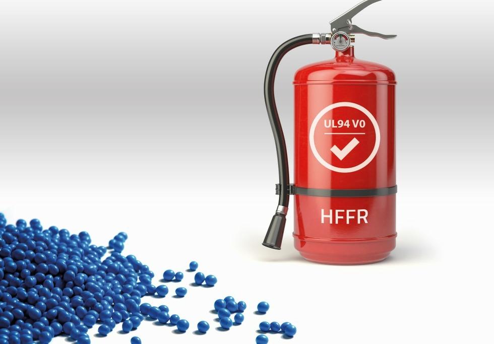 Flame-retardant TPEs with adhesion to polyamides