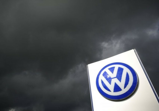 "Volkswagen faces Germany's biggest ever lawsuit over ""dieselgate"""