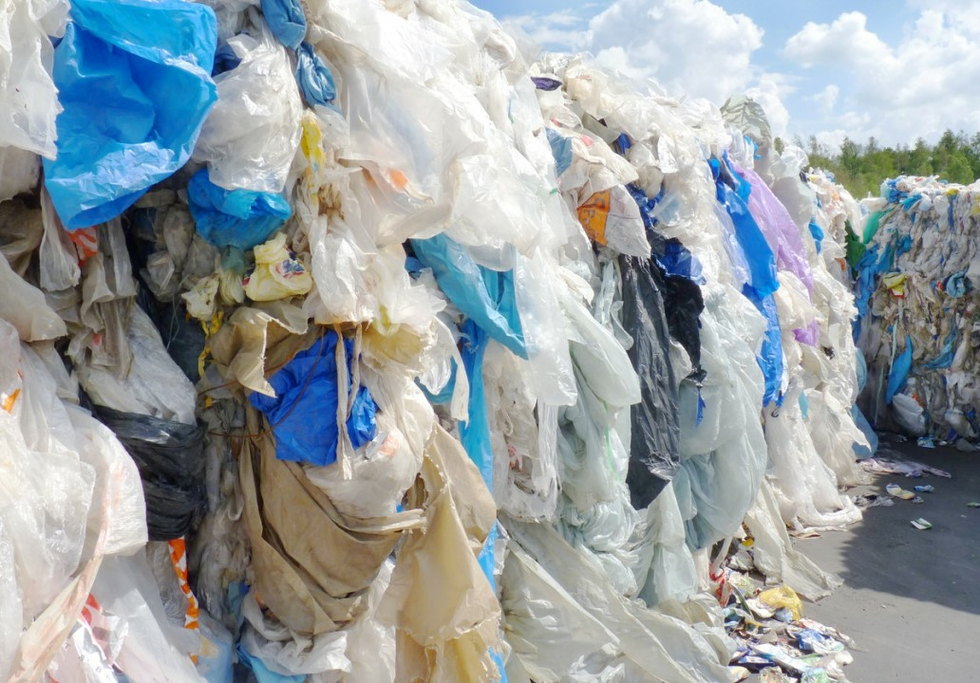 Neste & REMONDIS to develop chemical recycling of plastic waste