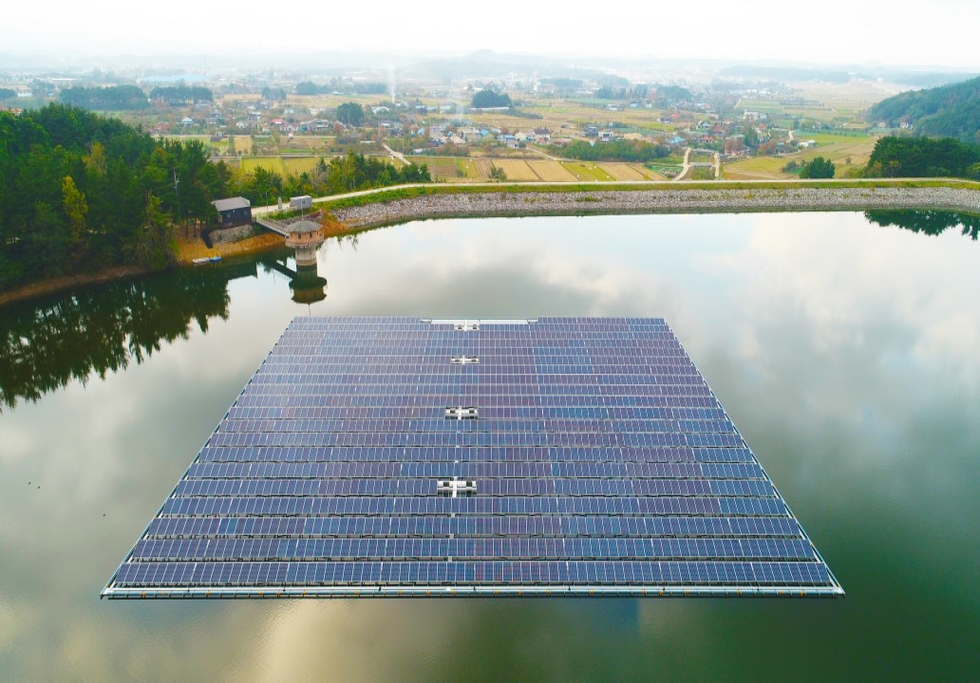 Floating solar plants