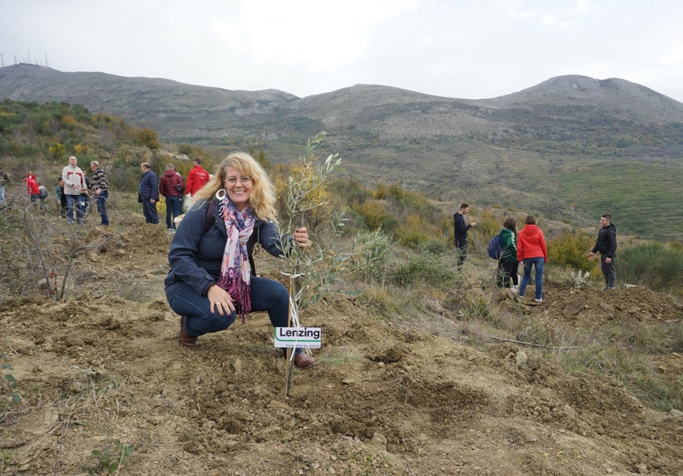 Lenzing launches sustainable reforestation project in Albania