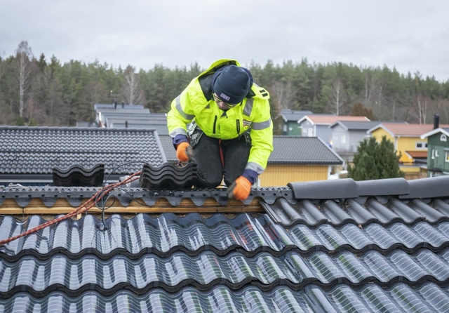 Midsummer's invisible solar energy roof tiles debut in Sweden