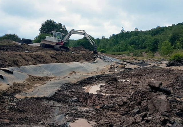 plaswood-recycling-plastic-river-keele.jpg