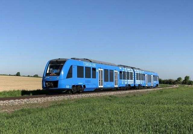 Alstom's hydrogen fuel train takes first steps abroad