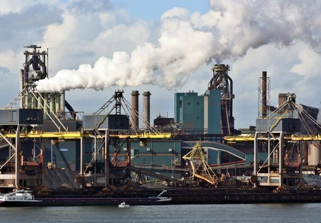 Tata Steel Ijmuiden. Credit: AnetteWho / Flickr