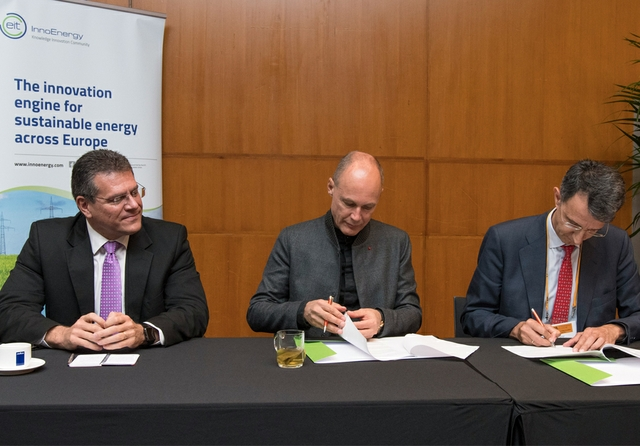 World-Alliance-signing-1-Sefcovic,-Piccard,-Pavia.jpg