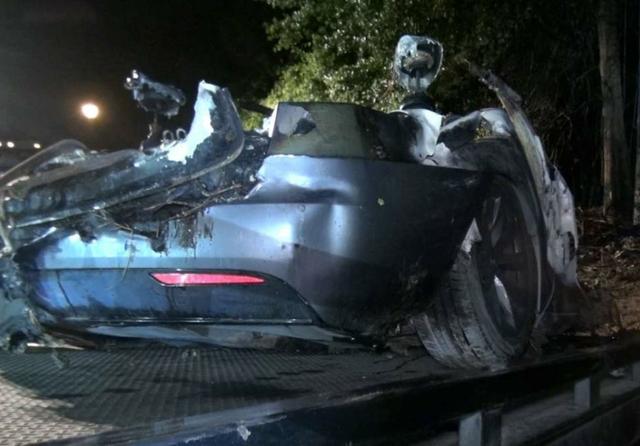 Driverless Tesla crash, Texas. Source: Montgomery County Police Reporter