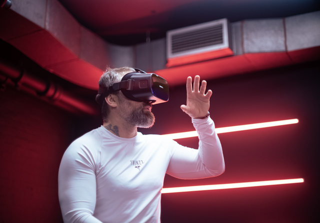 Ant Middleton VR.png