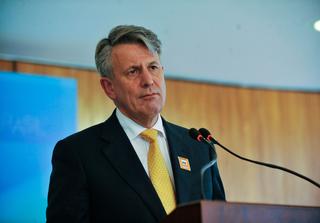Ben van Beurden Shell CEO, Credit Jose Cruz Creative Commons.png