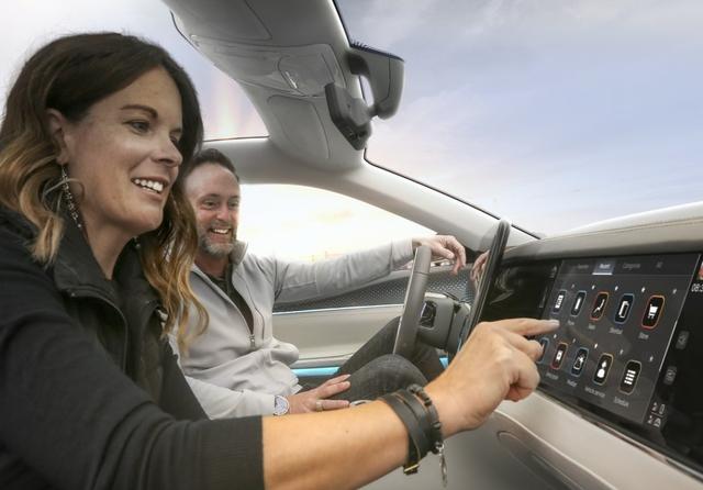 Mobile Drive, Stellantis, Foxconn
