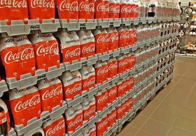 Coca-Cola shop shelf