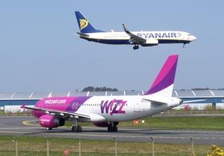 Ryanair & Wizz Air. Photo: Mark Harkin / Flickr