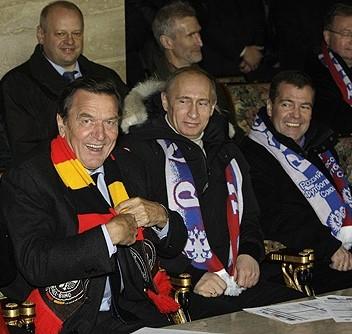Schröder, Putin & Medvedev. Photo: Kremlin