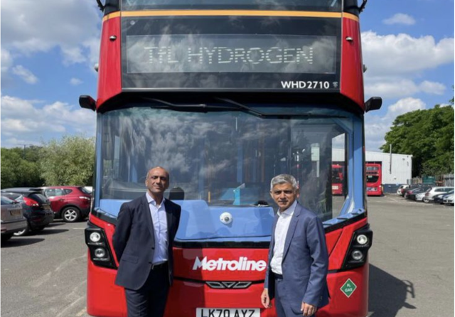 Sadiq Khan TfL hydrogen buses.png