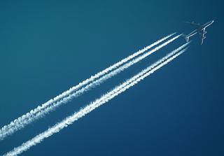 Aviation carbon. Credit: SevenStorms Photography / Pexels