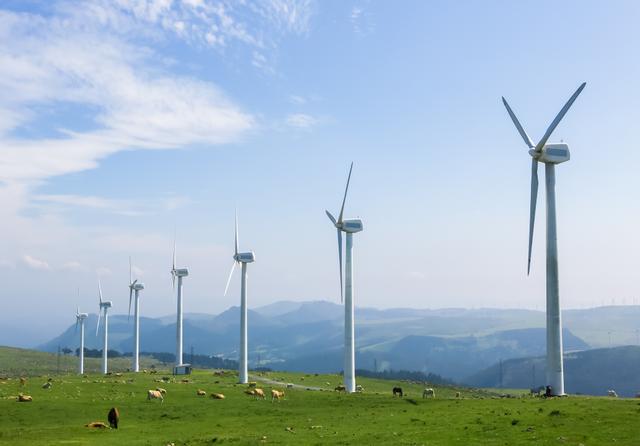 Spain onshore wind. Credit:  jorisvo / Shutterstock