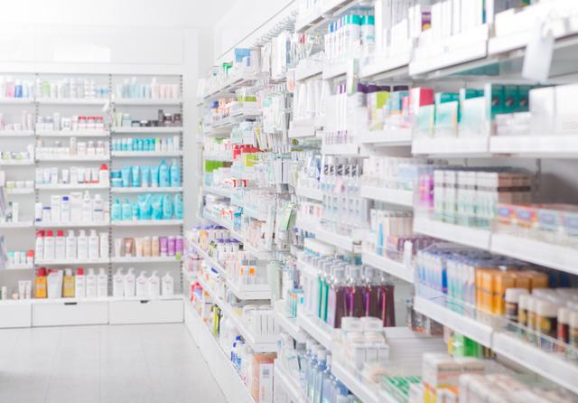 Pharmacy interior.  Credit: Tyler Olsen / Shutterstock
