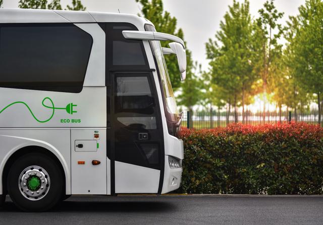 Electric bus concept. Credit: alexfan32 / Shutterstock