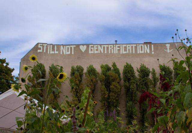 Gentrification Berlin. Photo: Deutsche Wohnen Enteignen