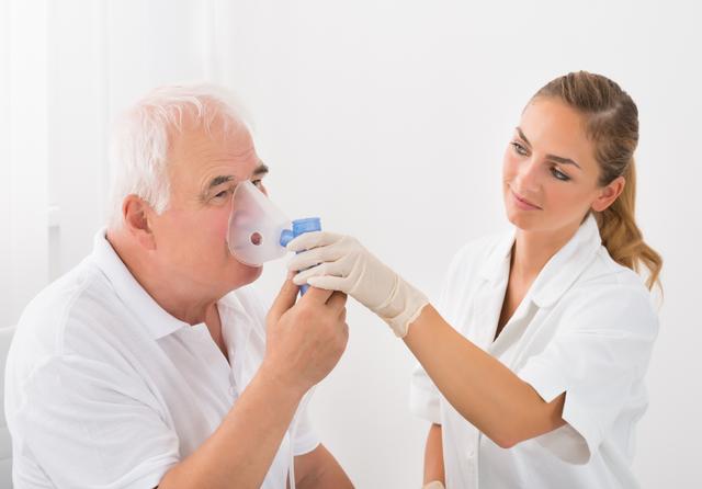 Respiratory treatment. Credit: Andrey_Popov / Shutterstock