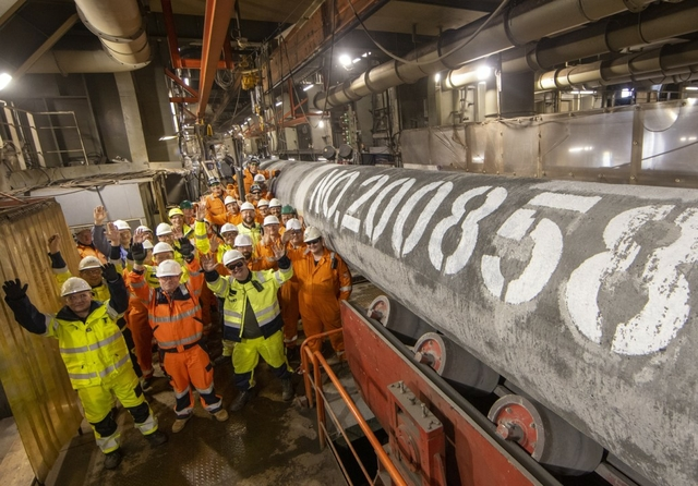 Last Nord Stream 2 pipe welded in the Baltic Sea. Photo: Nord Stream 2 / Axel Schmidt