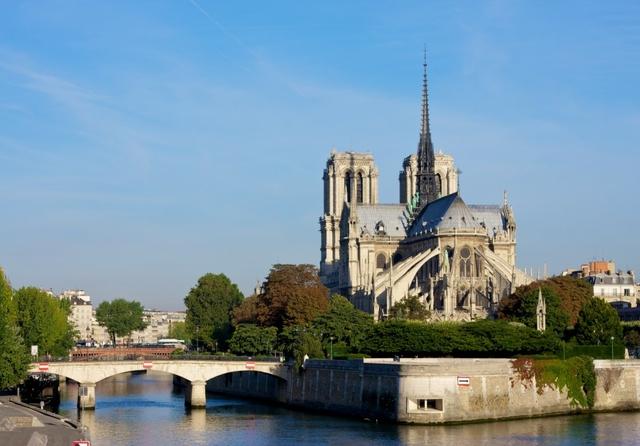Notre Dame de Paris. Photo: Julian Fong / Flickr. Licence: CC BY-SA