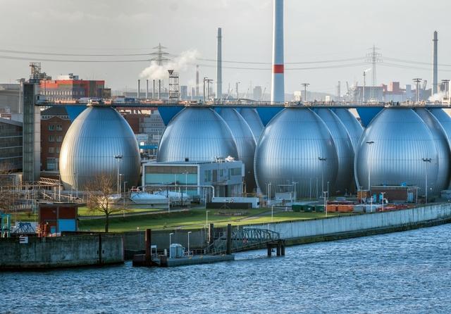 Desalination plant in Hamburg, Germany. Photo: Andrea Izzotti / Shutterstock