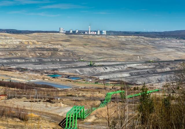 Turów coal mine, Poland. Photo: Lukasz Barzowski / Shutterstock